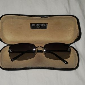 Used Chanel sunglasses